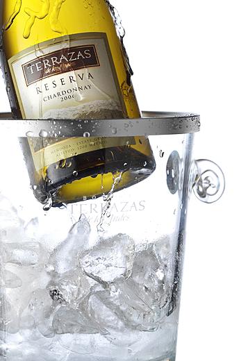 fotografía de botella de vino