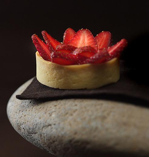 Food photography Beatriz Chomnalez Strawberries